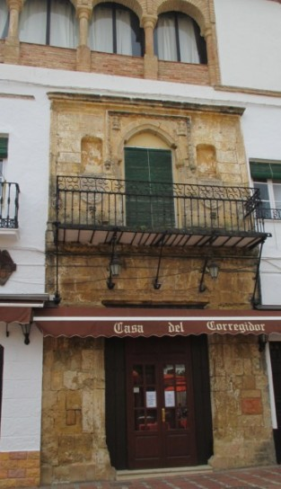 Restaurant in Plaza de los Naranjos
