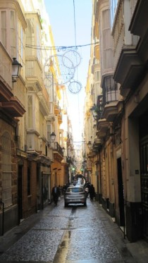 Cadiz's narrow streets