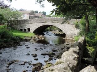 Hardraw Bridge