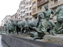 Running of the Bulls sculpture