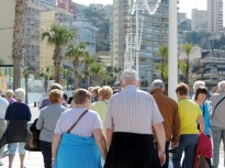 Busy promenade at Levante