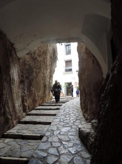 Tunnel entranve