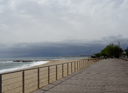 Turning stormy over Cambrils