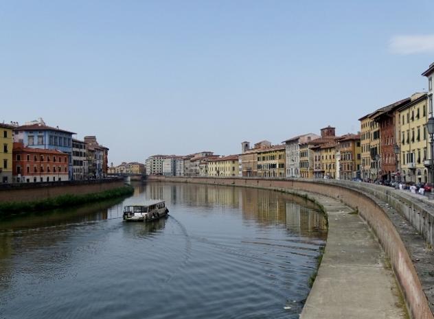 River Arno, Pisa